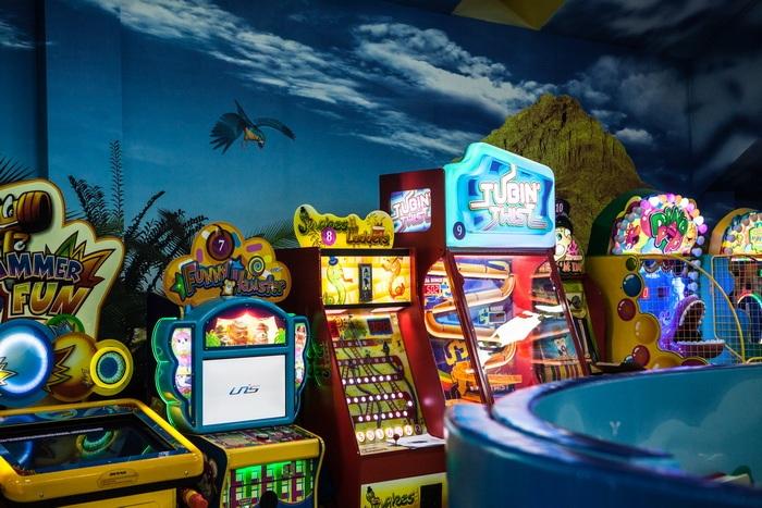 Интерактивное кафе игровые автоматы флэшь игры игровые автоматы