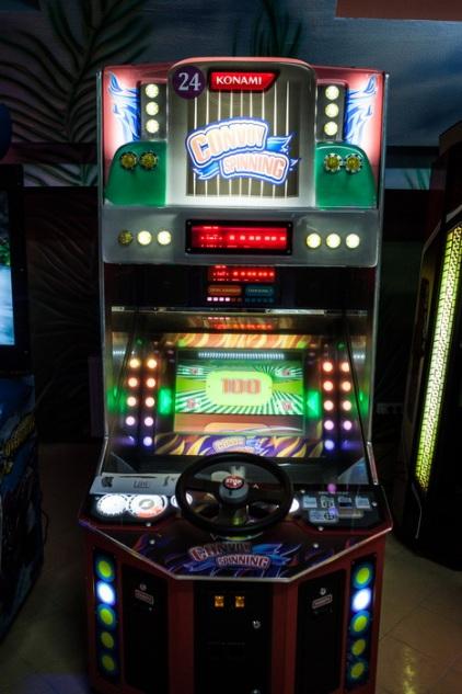 Игровой автомат бесплатно Шарки приключения начинаются